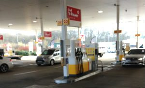 shell station beaconsfield